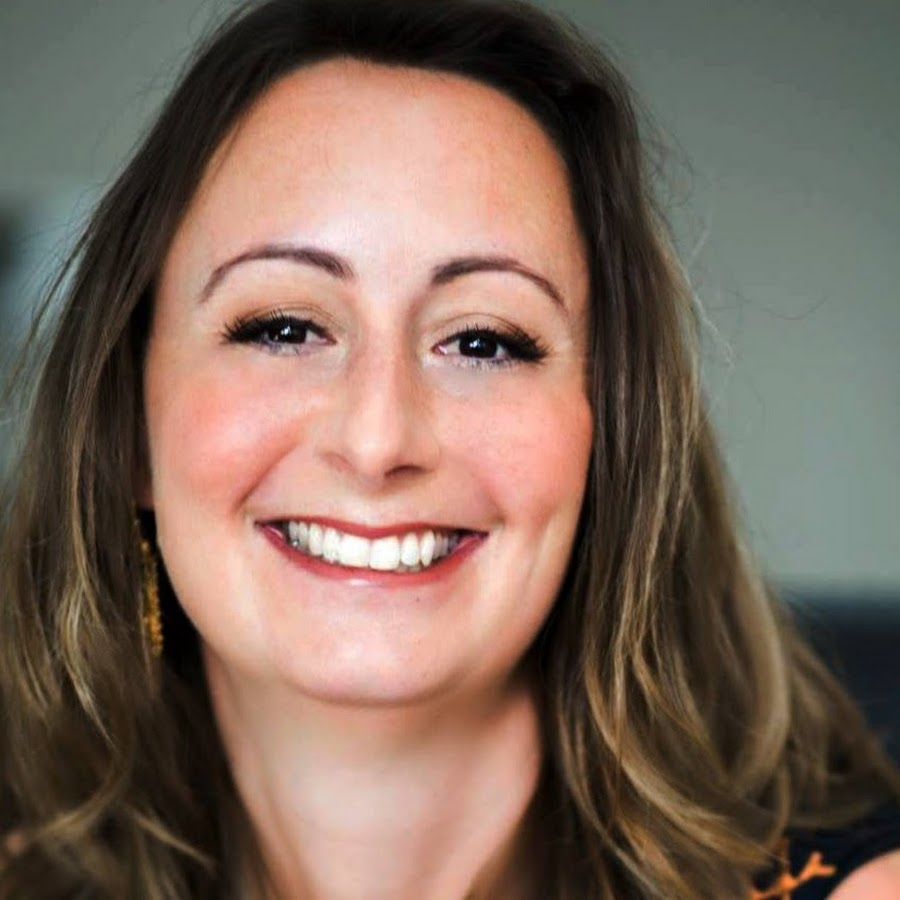 """Susanna Mittermaier """"Pragmatic & Rich"""" on The Erica Glessing Show Podcast #1251"""