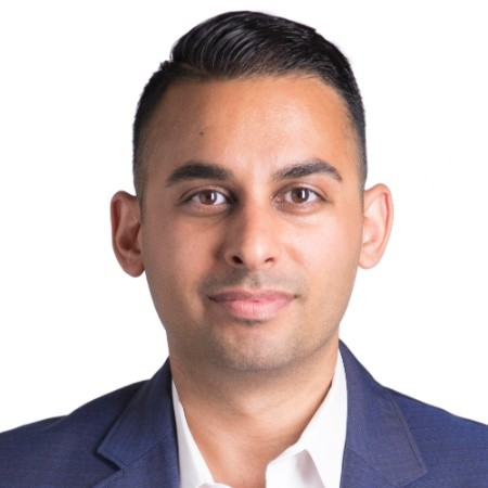 The ExecMBA Podcast, Episode 65: An Interview with Eiman Behzadi, EMBA Class of 2019 & President of the Executive MBA Entrepreneurship Club