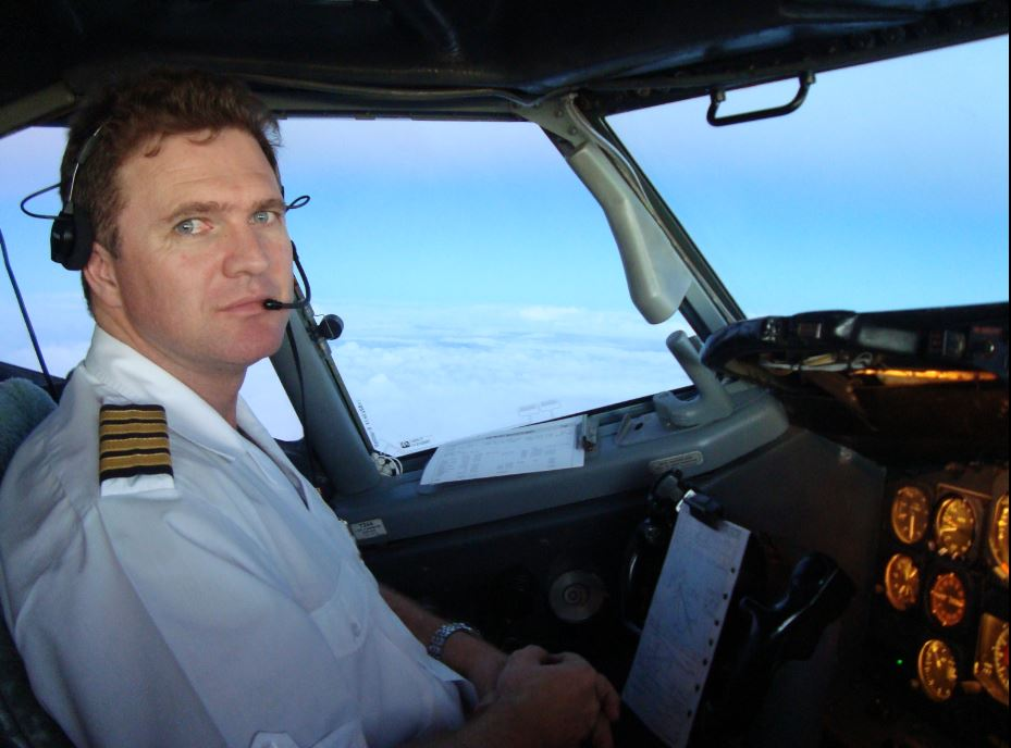 Boeing 777 Captain, Tom Van Rooyen chats to us about long haul fatigue.