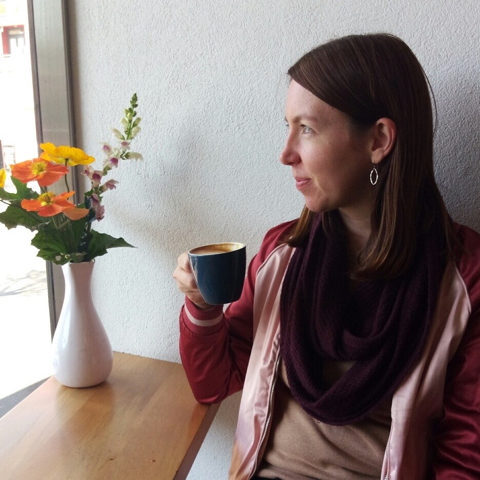 17: Michelle, Frugality and Freedom talks about semi-retirement, travel - and cats
