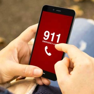 PV Police Informs Public When to Call 911 (English)