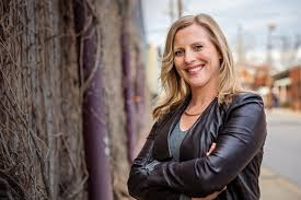 #53: Talking Late Night featuring guest Kristy West, founder of BraveSpace and current improviser