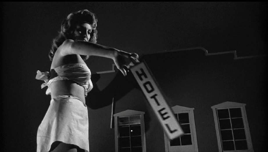 Season 4: Episode 182 - NATURE VS MAN: Attack of the 50 Ft Woman (1958)/Incredible Shrinking Woman (1981)