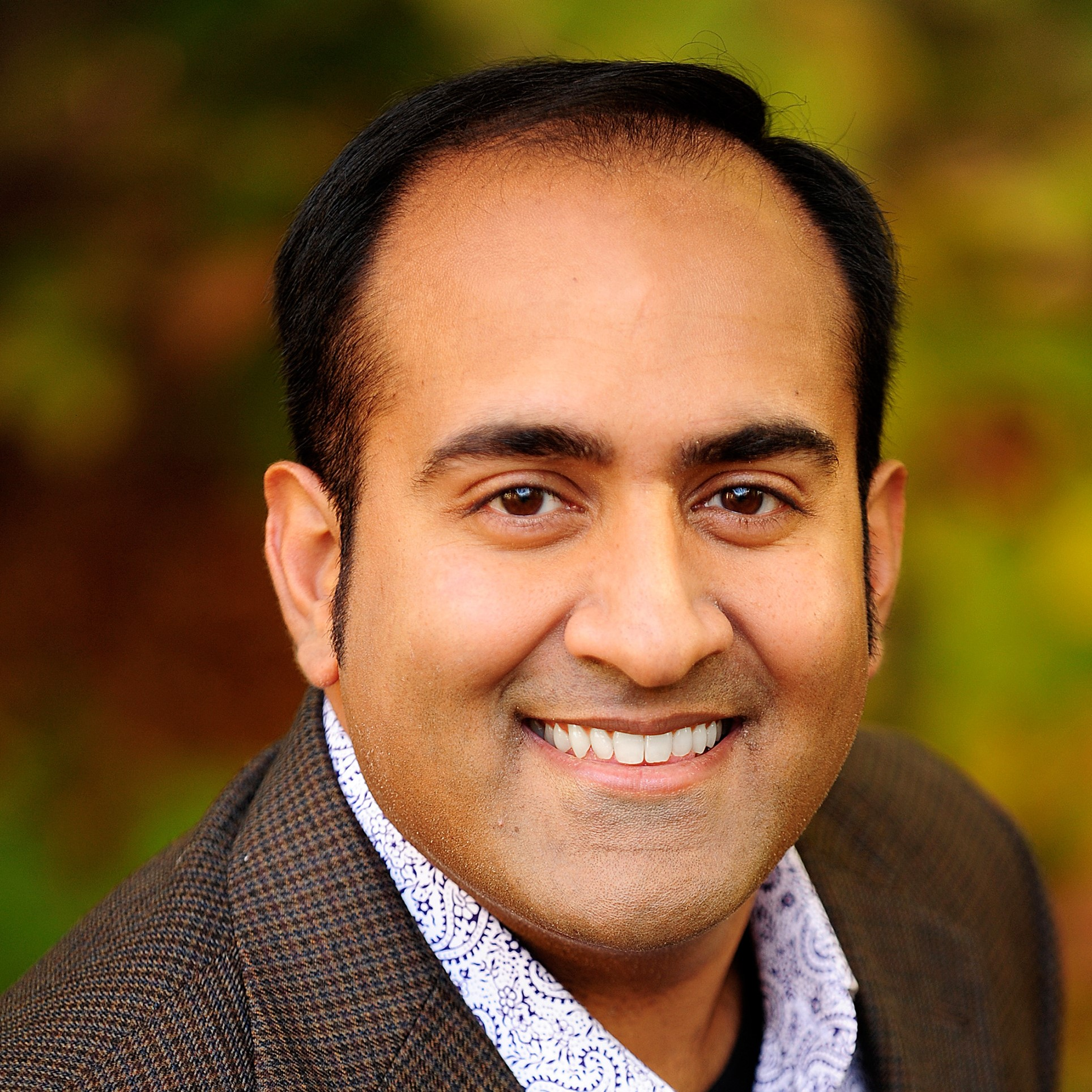 Observing the Non-Obvious: How to Spot Trends Around You with Rohit Bhargava