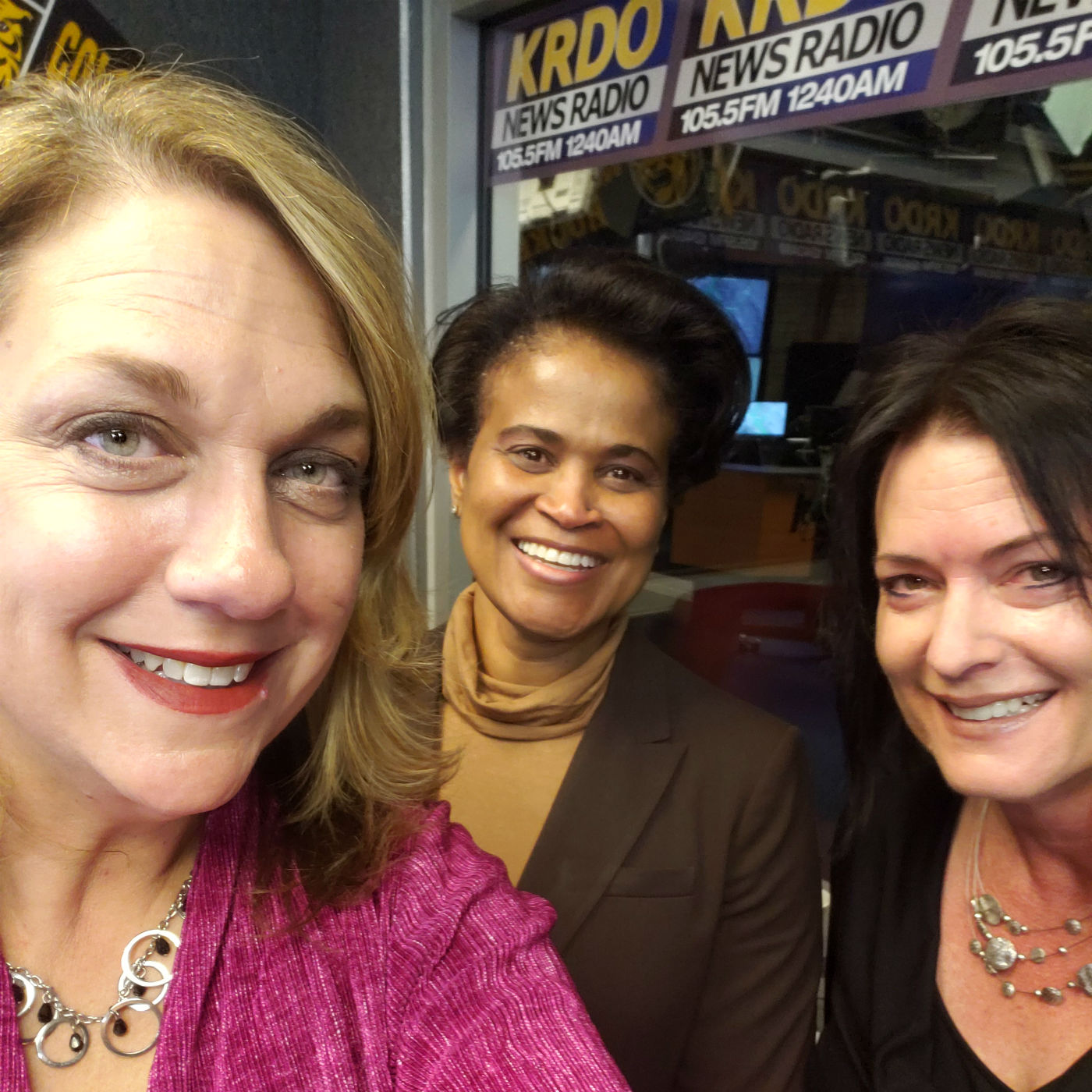 The Extra with Renae Roberts - February 27, 2019