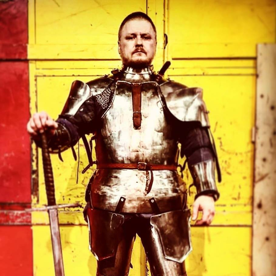 Real Fake Swords and Fake Real Swords Episode 50: Jay Noyes, King of the Castle