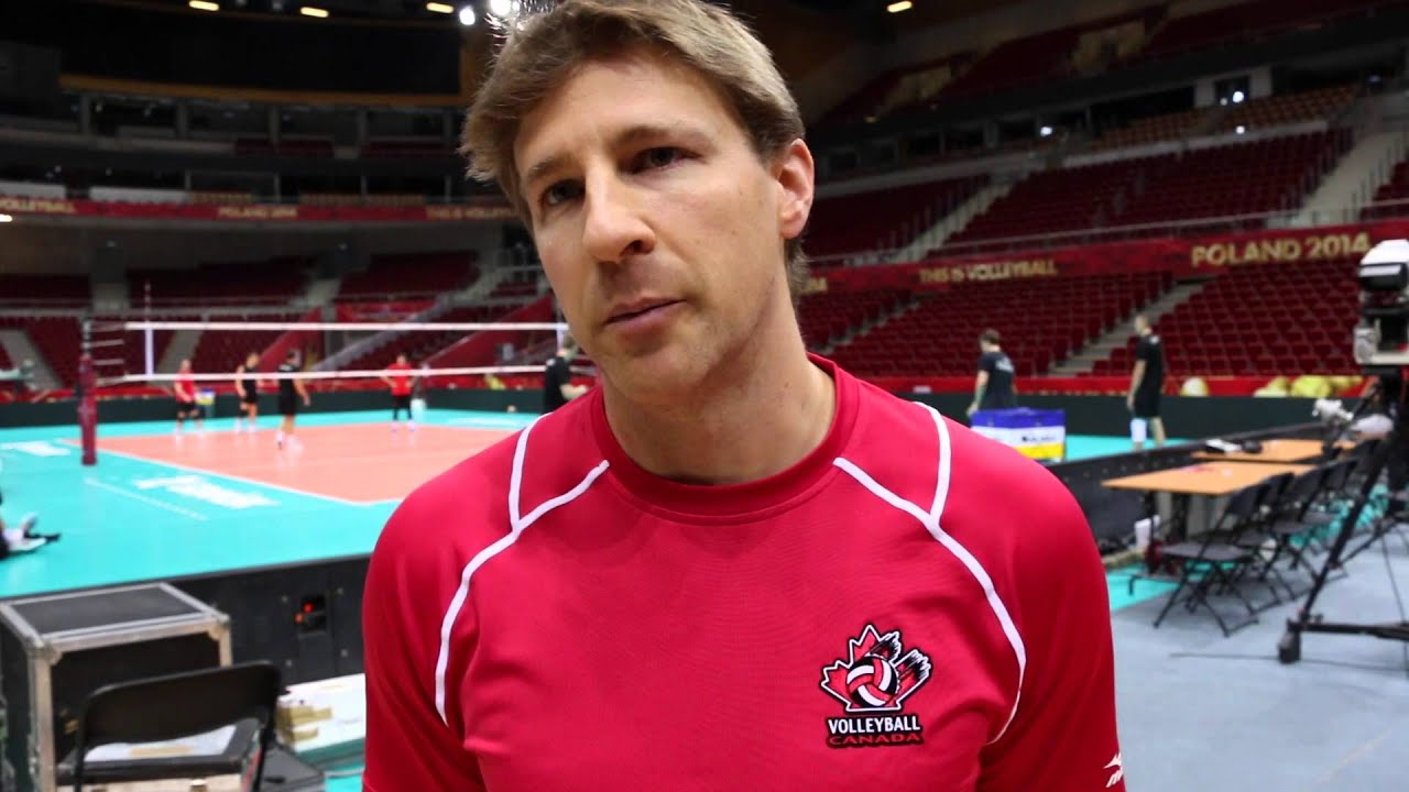 Episode 34 (EN) - Coaching Internationally, the Value of a Full-Time Training Centre & Analyzing the Canadian Volleyball Structure with Vincent Pichette