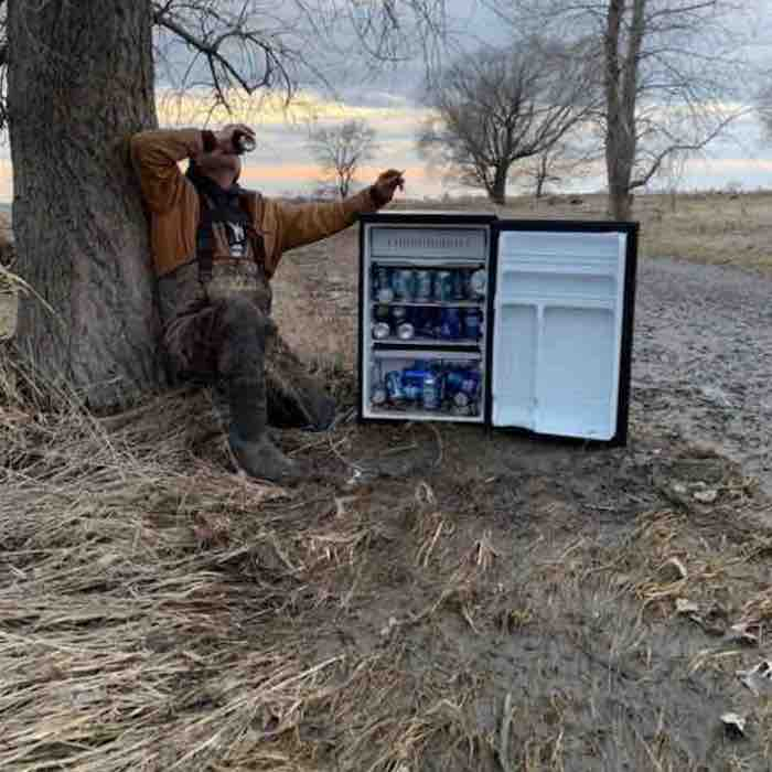 After Exhausting Day of Hard Work, Two Friends Find 'Heaven Sent' Fridge in the Middle of a Field
