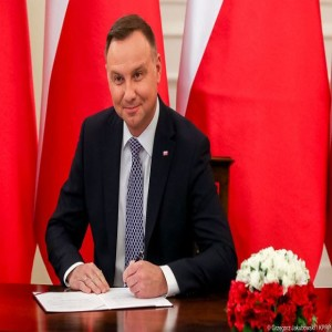 KrakCast Discussion – Does Poland need another public holiday?