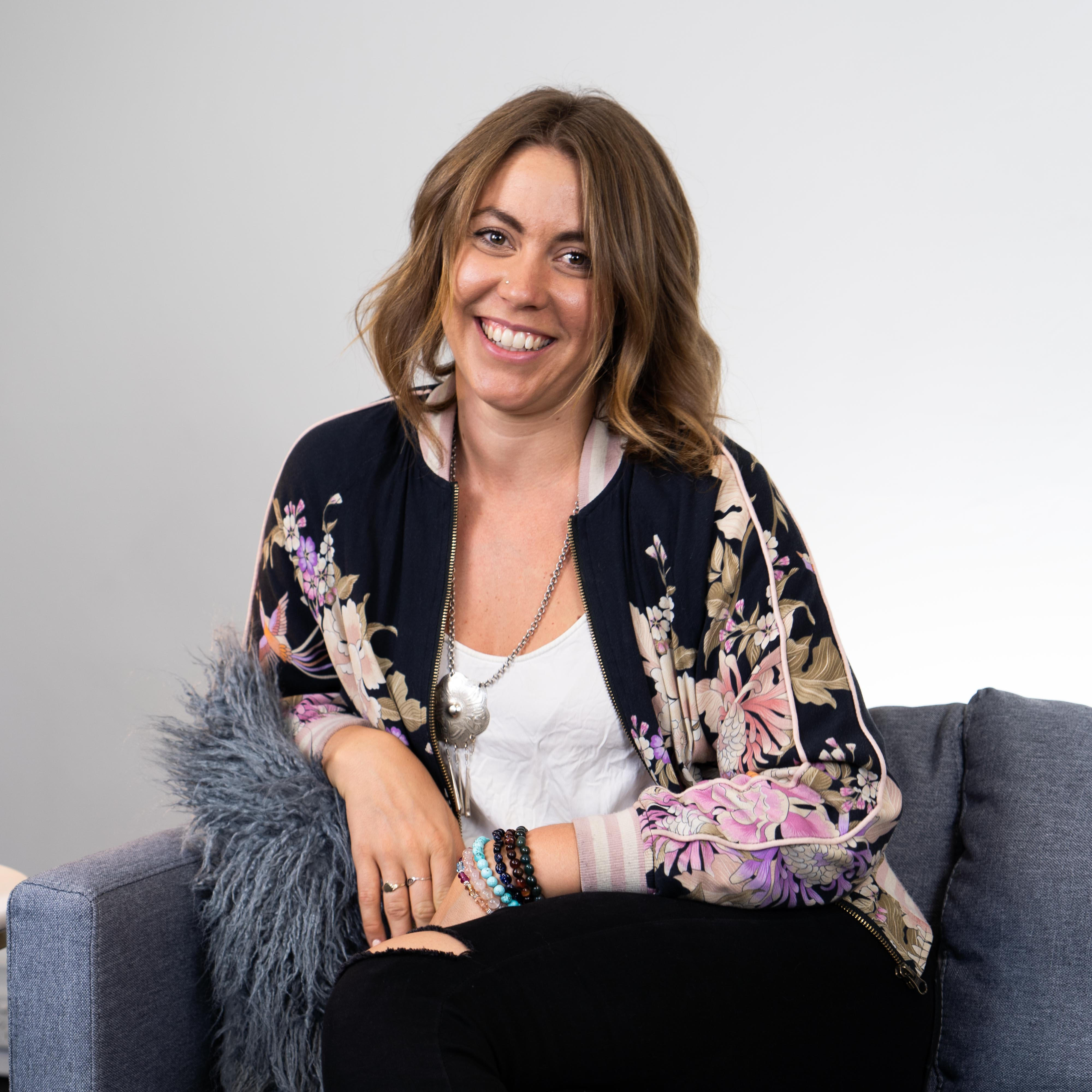 How to Live an Authentic and Connected Life. | Interview with Emma Maidment