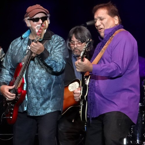 Fred Sanchez and Jerry Salas of El Chicano