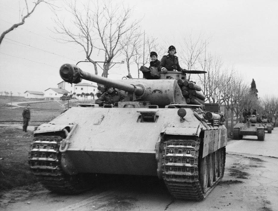 EPISODE #20 - THE GERMAN PANTHER TANK AND THE BATTLE OF MACIEJOW IN WORLD  WAR II! – THE TWO TANKERS AND A CAT PODCAST – Podcast – Podtail