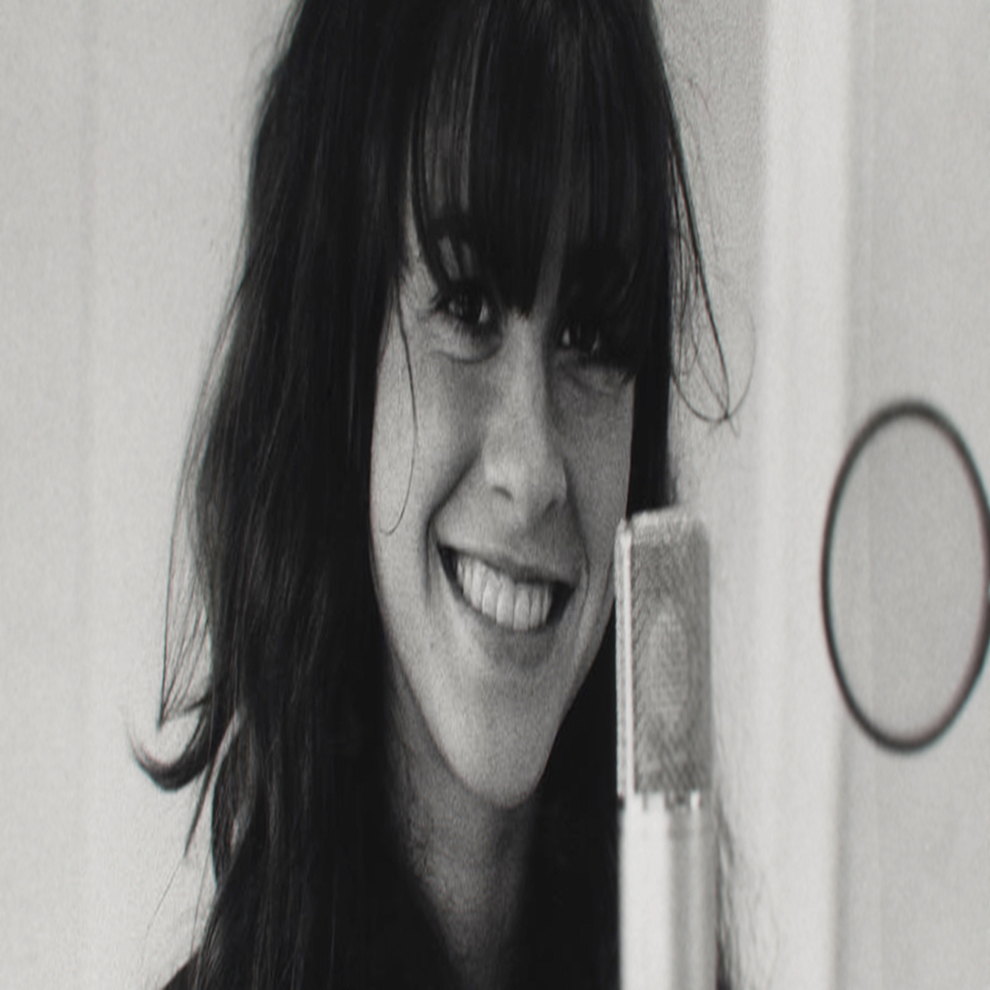 """The Controversy over the new Alanis Morissette doc """"Jagged"""""""
