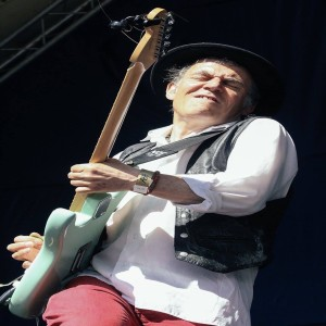 Conversation with UK Blues Guitarist: Robin Bibi