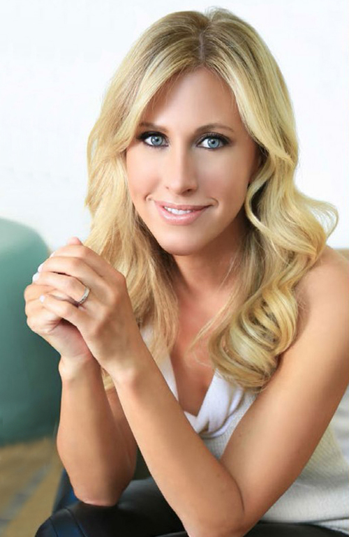 106: Emily Giffin: Something Borrowed, Something Lawyered, and Something Written