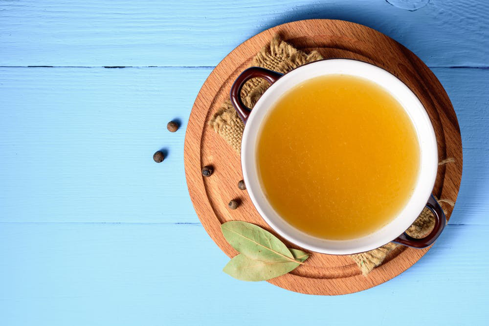 5 Simple Benefits to Consuming Bone Broth